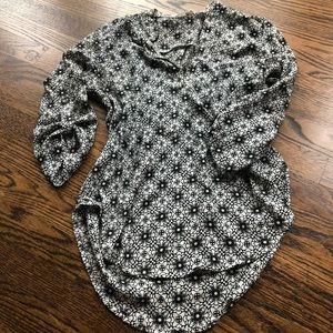 LUSH b&w blouse ➰ EUC